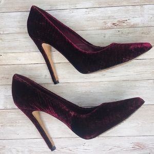 ALICE + OLIVIA | Burgundy Velvet Pumps